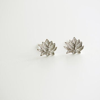 925 sterling silver earrings (lotus stud earrings)