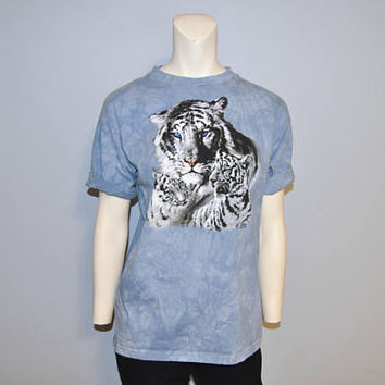 Vintage 1990's White Tiger T-Shirt Blue Tie Dye The Mountain Size Kids XL Short Sleeve Tee Shirt Mother and Cubs Wild Animal Tshirt Hippie