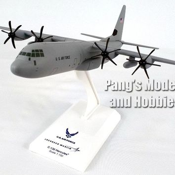 Lockheed C-130 Hercules - USAF - 1/150 Scale Model by Sky Marks