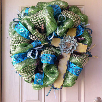 Green Peacock Deco Mesh Cross Wreath