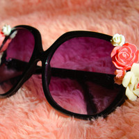 Pretty in Pink Floral Cabochon Sunglasses