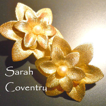 Earrings Sarah Coventry Vintage Lotus Blossom Flower Clip 2 inches