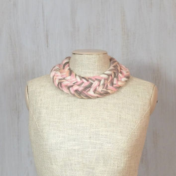 Plaited necklace Plait braid braided Fiber necklace Winter original necklace Soft collar Impressive White pink brown Yarn wool OOAK