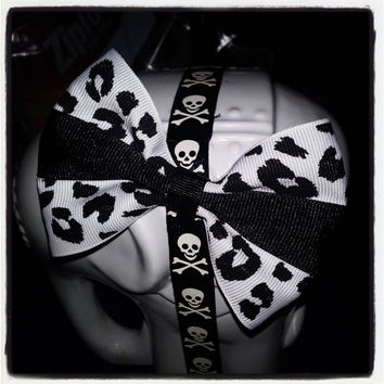 Snow Leopard: Black, and White Leopard Print Hair Bow with Black Center Stripe
