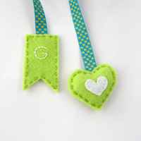 Initial bookmark, green heart bookmark, personalized felt bookmark, mini heart, hand embroidered