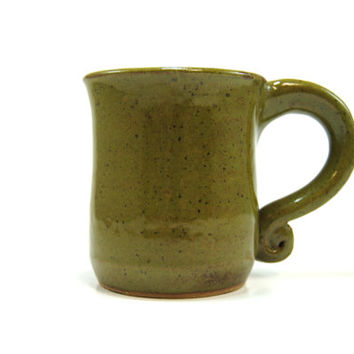 Speckled olive green mug - Green coffee mug - Curly handle mug - Olive ceramic cup - Speckled pottery mug - Stoneware coffee cup  Dark green