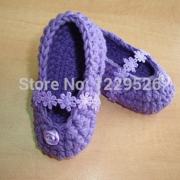 BABY BOOTIES - childrens shoes - baby shoes - ballerina shoes-- crochet shoes- crochet booties