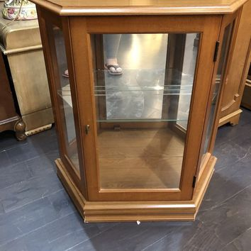 Curio Cabinet, Small, Lighted, Glass Shelves