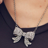 Dainty Silver Bow Necklace