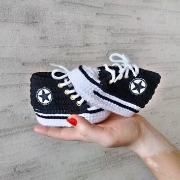 black baby shoes converse crochet baby converse baby shower gift baby converse sli