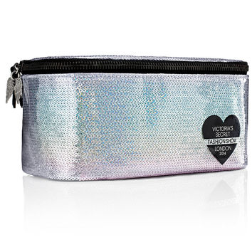 NEW! Fashion Show Medium Train Case