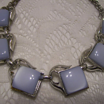 Coro Thermoset Lucite Vintage Necklace In Light Blue