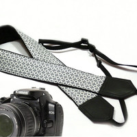 dSLR Camera Strap. Camera accessories. Nikon Canon camera strap.