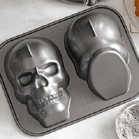 Nordic Ware Skull head Cake Pan Halloween Party Gothic Baking Supply new unused Decor