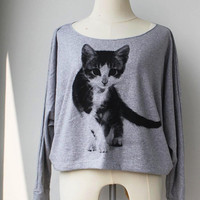 Cat Sweatshirt  Pullover Oversize style Cat Pet Animal Print Bat Style Half Body In Grey.