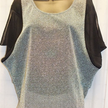 Short Sleeve Metallic Silver Top w/Black Contrast Details