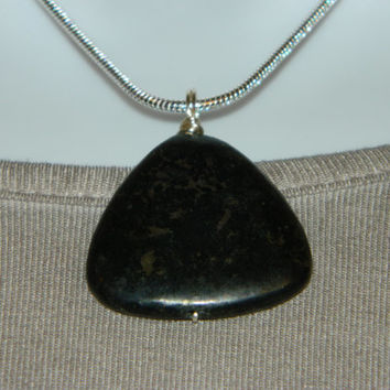 50ct. Black Metallic Stone, Semi Precious, Agate, Pendant, Necklace, Triangle, Natural Stone, 124-15