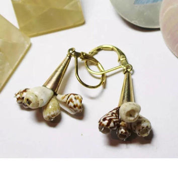 Vintage Tiny Natural Sea Shell Earrings with nice Safety Pierced Backs