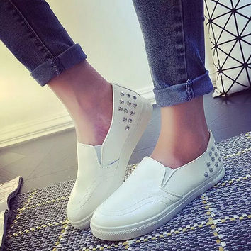 New 2016 Spring Autumn Women Loafers Rivet Flats Shoes Woman Casual Slip on For Ladies WSN12