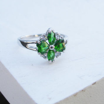 Vintage ring, emerald ring, cluster ring, flower ring,green ring, stone ring, Size 8, silver, crystal, gift for her, womans ring,