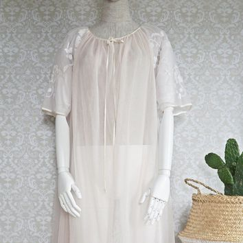 Vintage 1950s Chiffon + Pink Embroidered Pegnoir