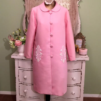 60s Pink Opera Coat, 1960s Beaded Wedding Coat, Jackie O Style Midcentury coat, Size L - XL, Retro Jacket, Long Pink Coat, Womens Outerwear