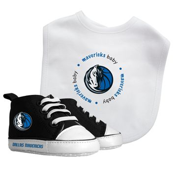Bib & Prewalker Gift Set - Dallas Mavericks