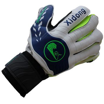 2017 New Kids Men Soccer Goalie Gloves Professional Football Goalkeeper Gloves With Finger Protection Thickened Latex