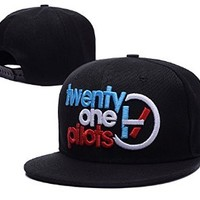 QIANGSHENG Twenty One Pilots Logo Adjustable Snapback Caps Hats