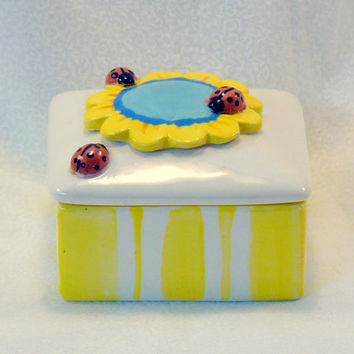 Ceramic Box Lady Bug Flower Keepsake Box by GrapeVineCeramicsGft