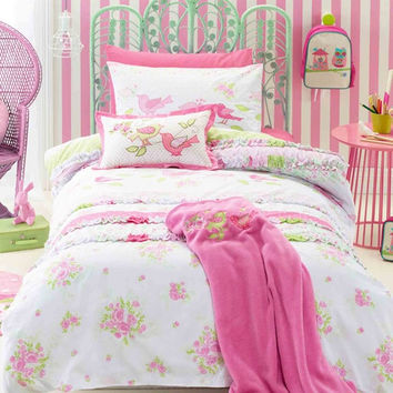Chic Kids Room Bedding Set