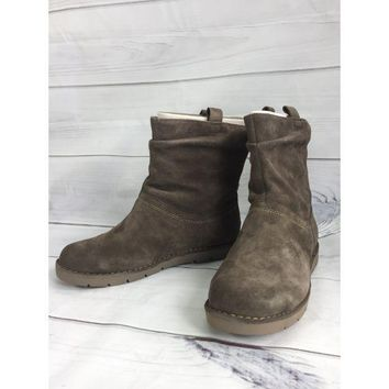 Clarks Unstructured Suede Boots - Un.Ashburn size 10W