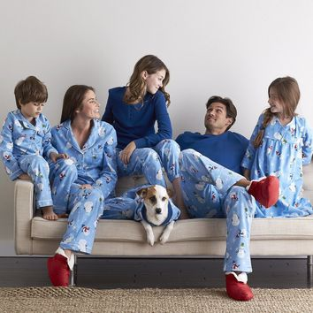Family Pajamas – Unbearable