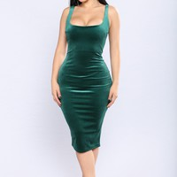 Becky Velvet Dress - Hunter