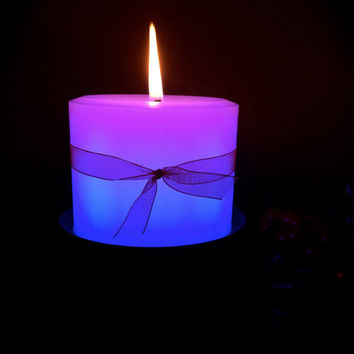 8oz. Holiday Candle. Real Flame Color Changing Candle