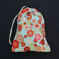 Shoe bag, Red Flower Pop. Breathable shoe bag. Workout, or travel organizer bag for shoes, clothes, accessories.