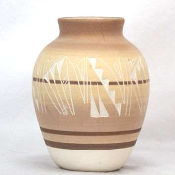Vintage Navajo Native American Indian Etched Pottery Vase Signed T Philips FREE SHIPPING