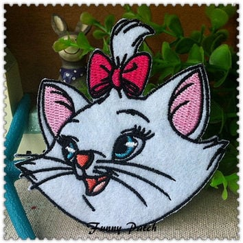 Disney Marie Cat Iron on Patch 319-H