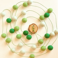 Green ball garland - St. Patrick day - Spring decor