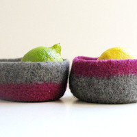 Bicolor Felted bowl  ecofriendly Organic   by theYarnKitchen