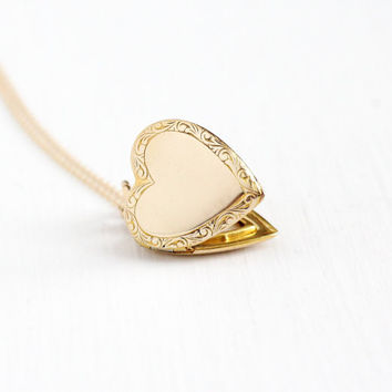 Vintage 12k Gold Filled Heart Shaped Locket Necklace - Circa 1940s WWII Era Sweetheart Floral Repousse Photo Pendant Photographic Jewelry