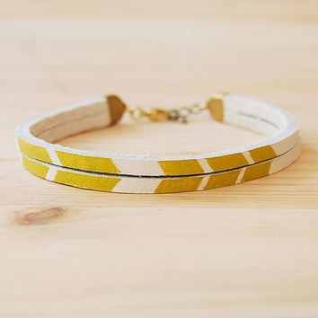 "Leather Bracelet in White with Mustard Yellow Chevron, ""The Pecos Handpainted"""