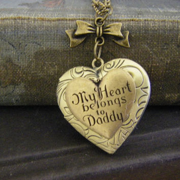 My heart belongs to Daddy Victorian Bow locket necklace Gift daddy daughter