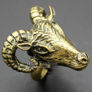 Antique Occult Baphomet Ram Aries Zodiac Sheep Goat Head Horn Biker Ring Gift  Jewelry 2017 New