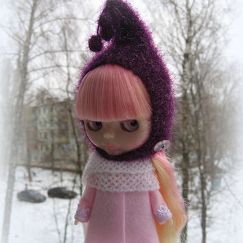 blythe hat. Knitted hat for Blythe doll, hand knit fantasy cap, blythe outfit, gnome hat, pixie hat, beanie, white
