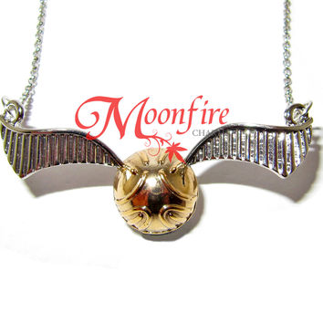 WIZARDING WORLD Golden Snitch Pendant Necklace