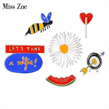 Trendy Miss Zoe LETS TAKE a selfie Watermelon Bee Daisy Target Brooch Button Pins Denim Jacket Pin Badge Cartoon Fashion Jewelry Gift AT_94_13