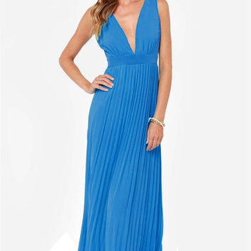 Blue Pleated V-Neck Chiffon Maxi Dress