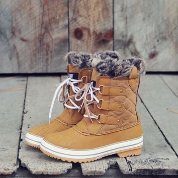 The Snowy Pines Snow Boots