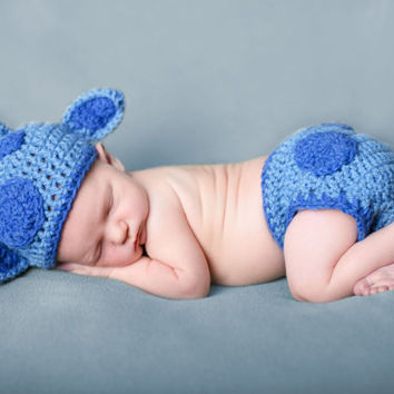 Baby Blue Handmade Giraffe Infant Photo Prop Outfit | Gifts for new baby | Baby shower